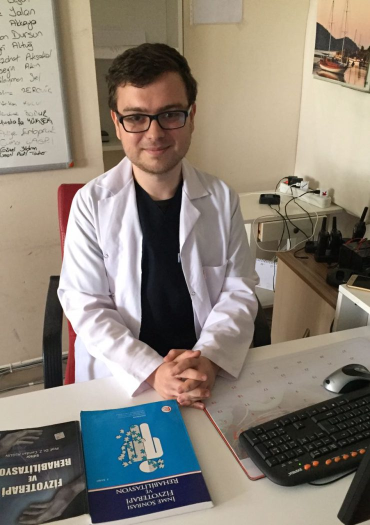 Fizyoterapist Çetin AKBUDAK